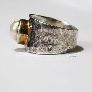 Vintage Hammered 925 Silver & Pearl Wide Band Ring